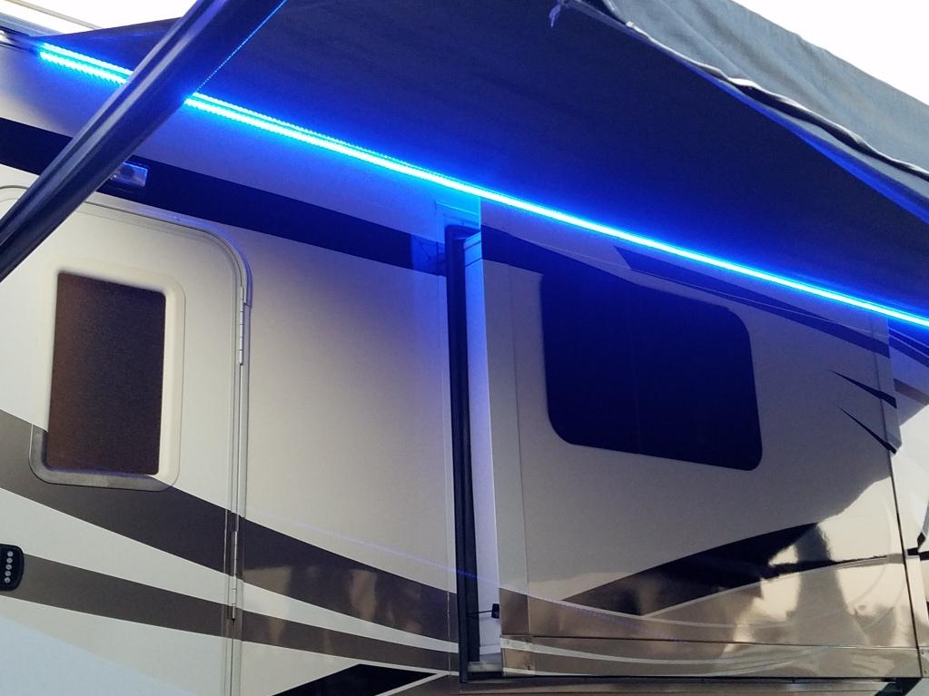 Boogie Lights in Blue